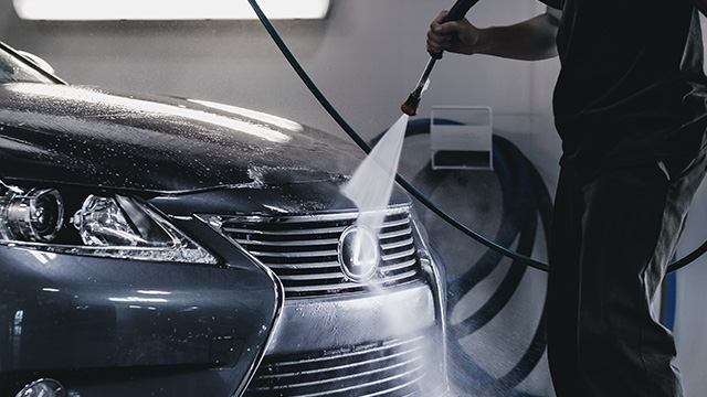 Save 15% on Lexus Premium Detailing!